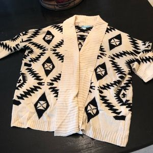 Sweaters - Quarter sleeve sweater